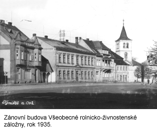 1935_small.jpg