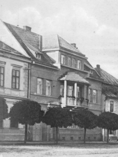 vila_1928_small.jpg